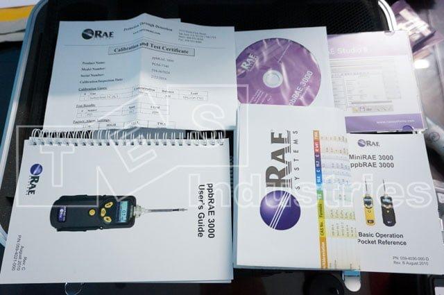 Tài liệu đi kèm máy đo khí VOC gồm: Giấy hiệu chuẩn, hướng dẫn, chứng chỉ, bảng correction factor...