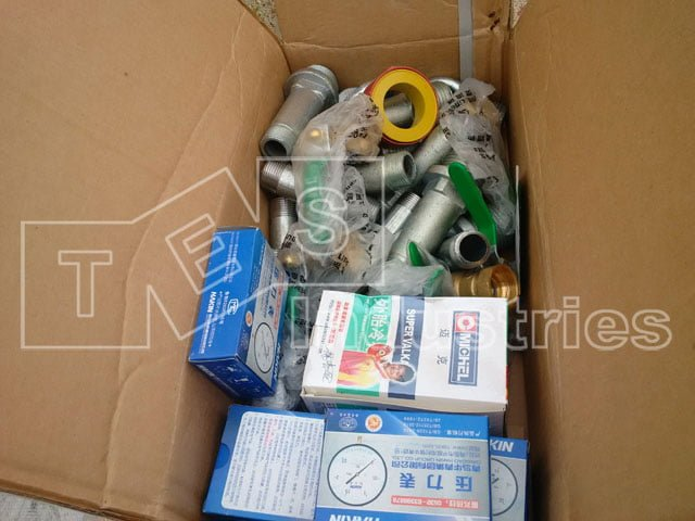 Accessories included: Pressure watches, valves, connectors, quality certificates