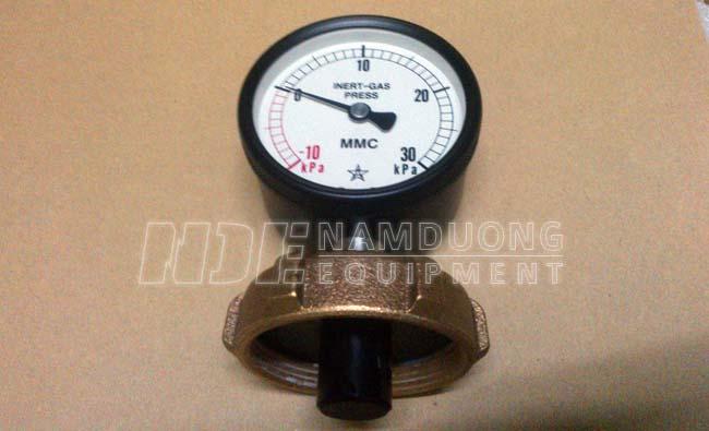 Đồng hồ đo khí trơ hầm hàng MMC GVP-75 - Mặt trước