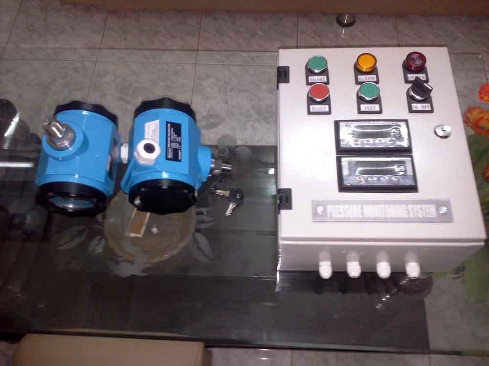 Hệ thống giám sát và cảnh báo áp lực bơm
