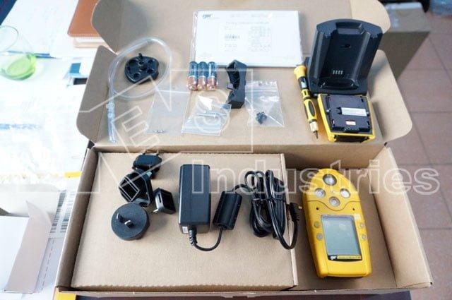 Mở hộp Máy đo khí Micro 5 IR
