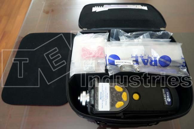 VOC ppbRAE 3000 meter suitcase with standard accessories
