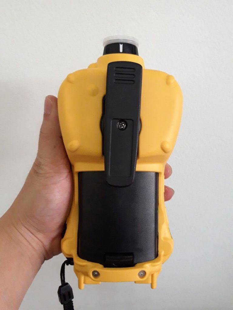 Mặt sau máy đo khí MultiRAE Lite