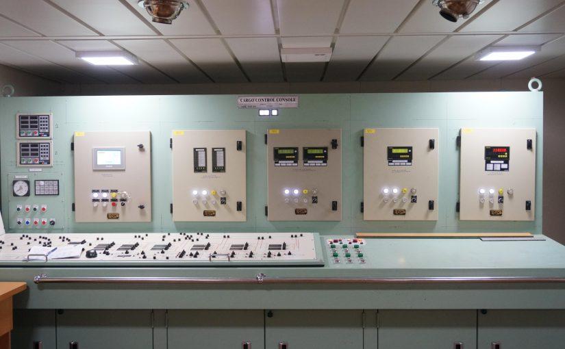 Tủ báo khí gắn trên bàn điều khiển