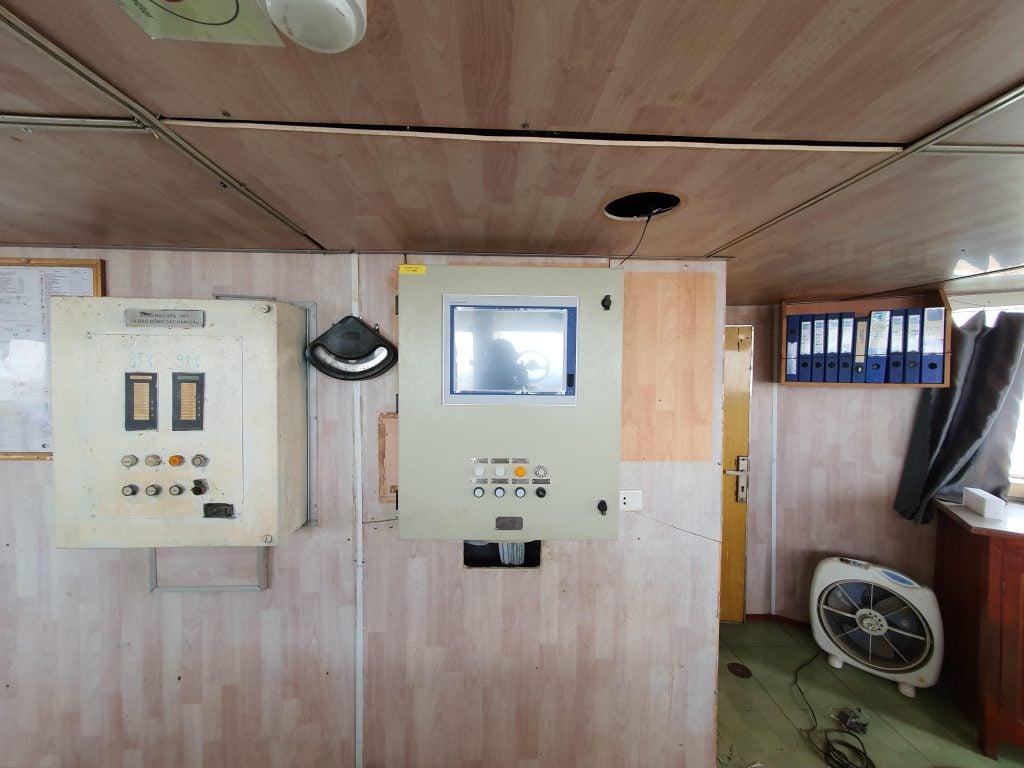 Tủ hiển thị mức, nhiệt độ, áp lực hầm hàng