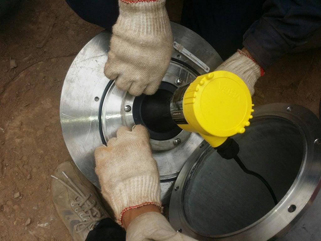 Lắp đặt Radar cho hầm hàng cần kỹ thuật cao