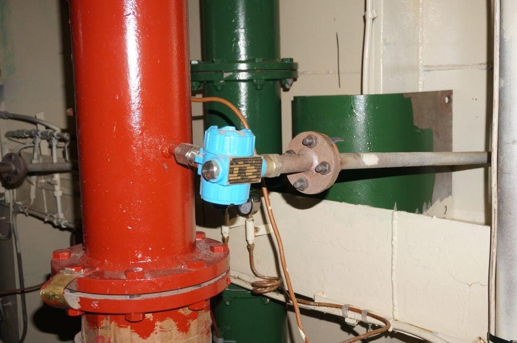 Cảm biến áp lực phòng nổ lắp cửa đẩy bơm