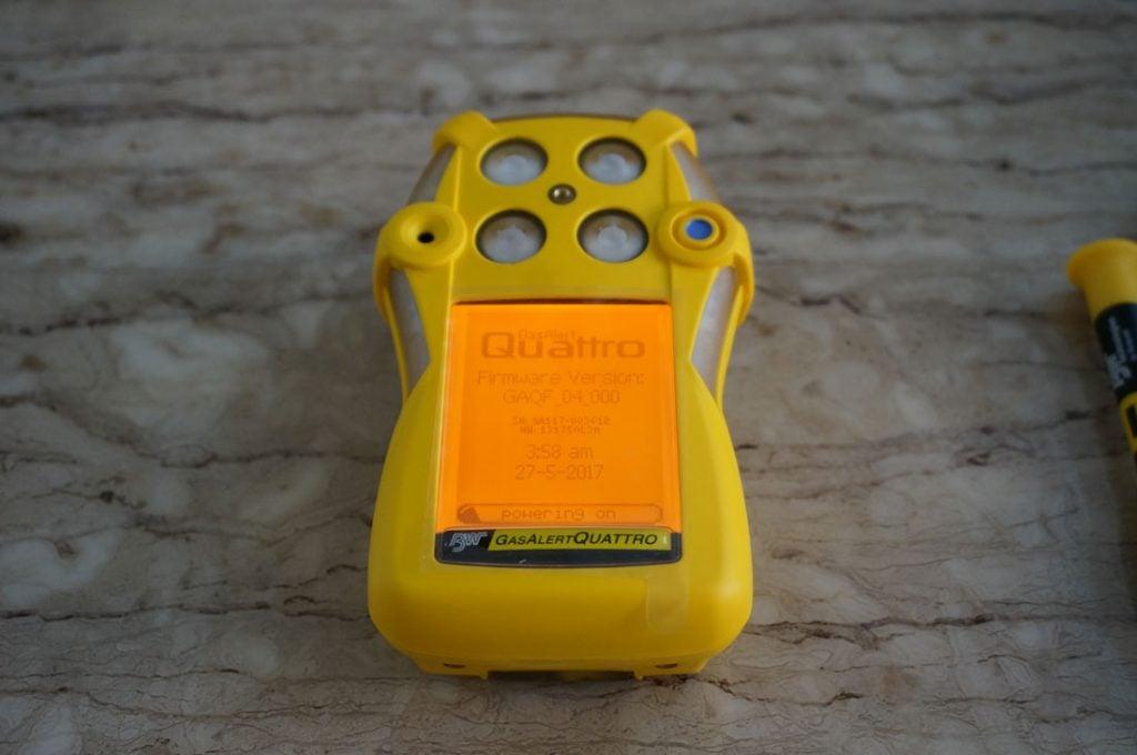 Màn hình khởi động máy đo khí GasAlertQuattro