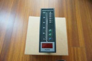 Digital display Controller Finetek PB PM Series, showing graph of level