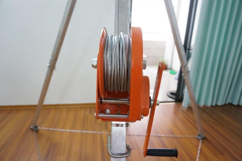 30M stainless steel winn, mechanical roll type (hand-turned)