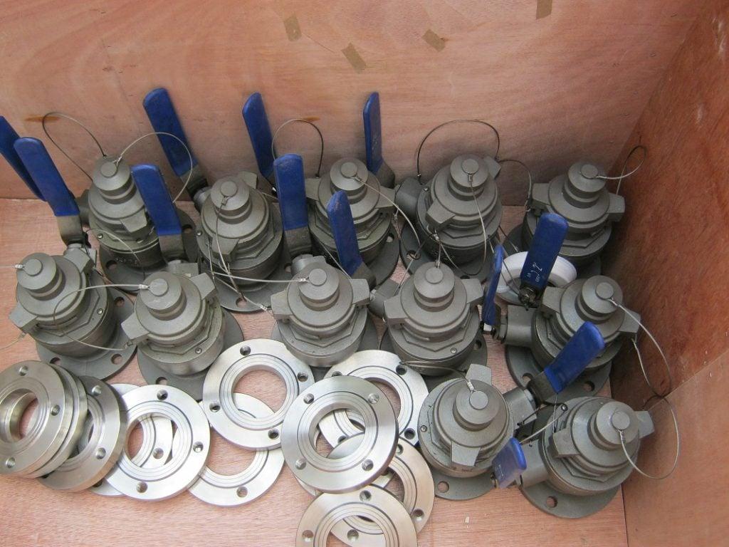 Van kín khí kiểu cũ dùng với thước đo dầu Rongde