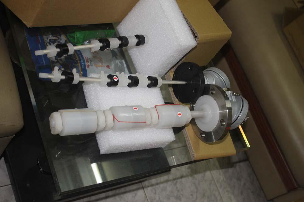 Cảm biến chịu hoá chất, nhựa PP và PVDF, nối bích