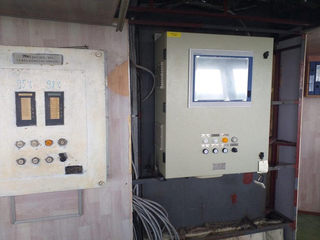 Tủ điều khiển máy tính công nghiệp